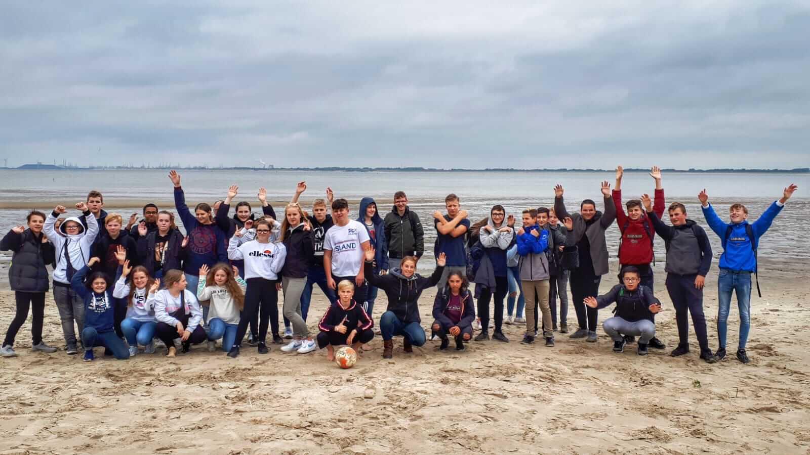 Die Schüler des Helmholzgymnasiums Witten bei Ihrer Partnerschule in Spijkenisse (NL, 2019)