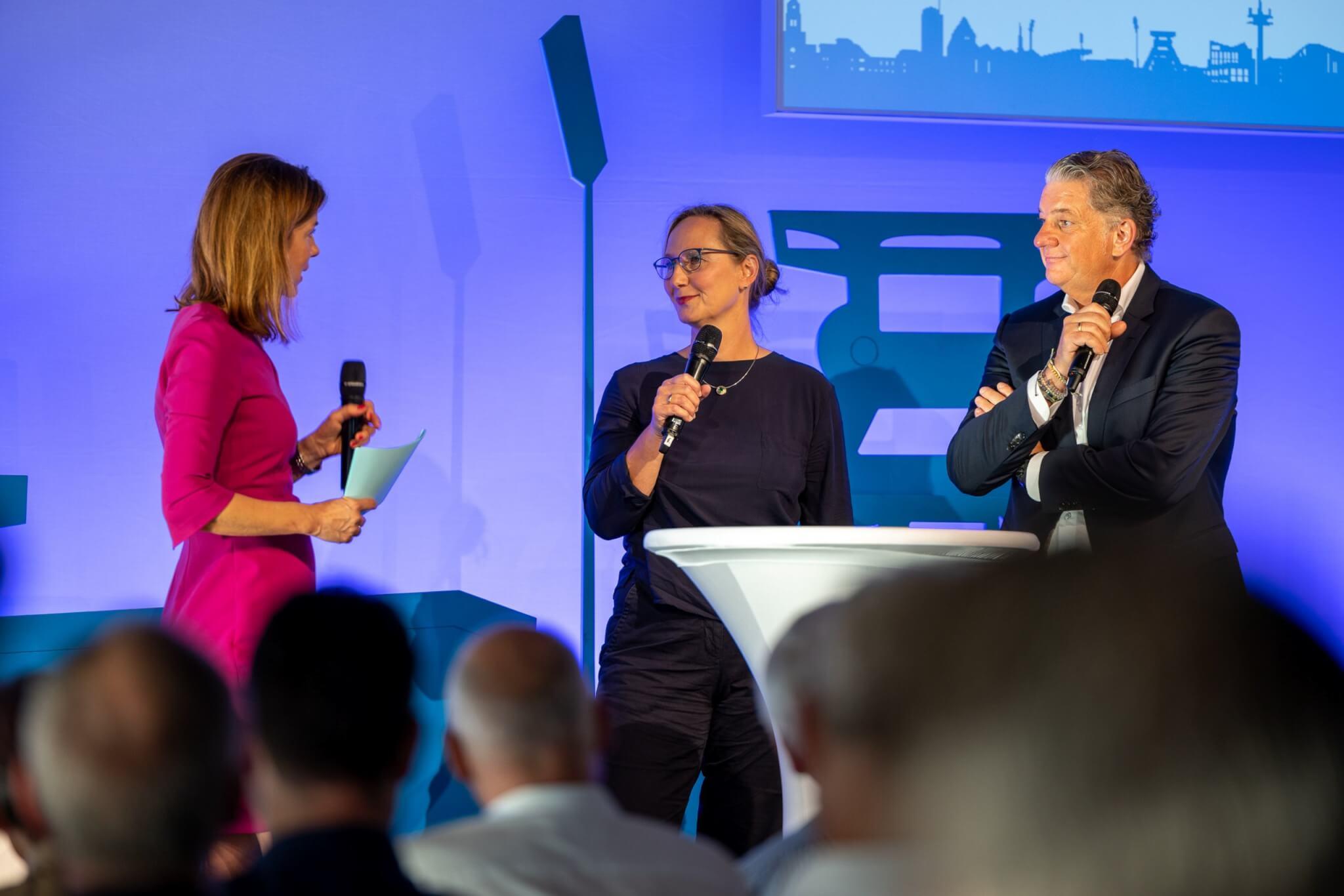 Susanne du Bois und Ralf Kuhlmann sprachen mit Moderatorin Anja Bröker über ihr Projekt MENSCHEMÖGLICHES e.V.